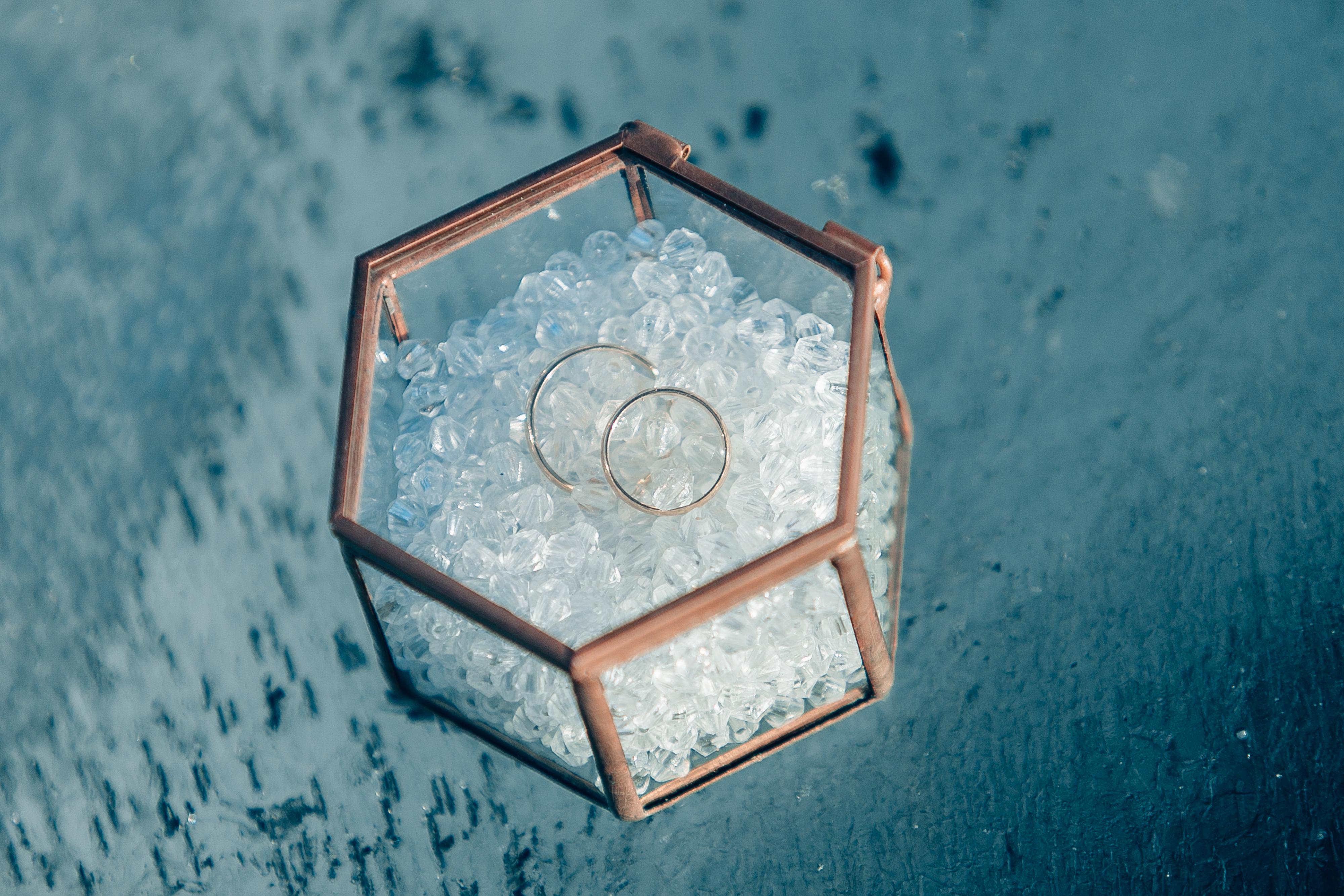 Подушечка для колец, стекло. Размер 7 см в ширину, 5 см в высоту, стоимость 300 без наполнения